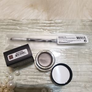 Anastasia Medium Brown Brow Dip and #12 brush